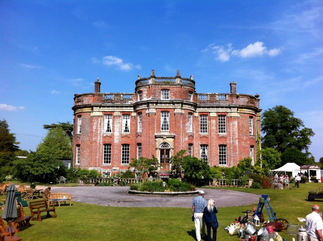 Chettle House